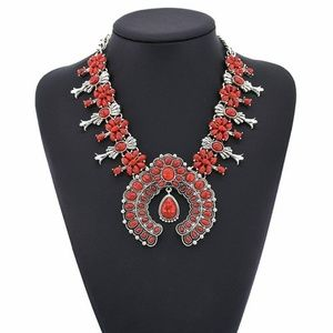 Jewelry - Nwt: New Southwestern Red Squash Blossom Necklace